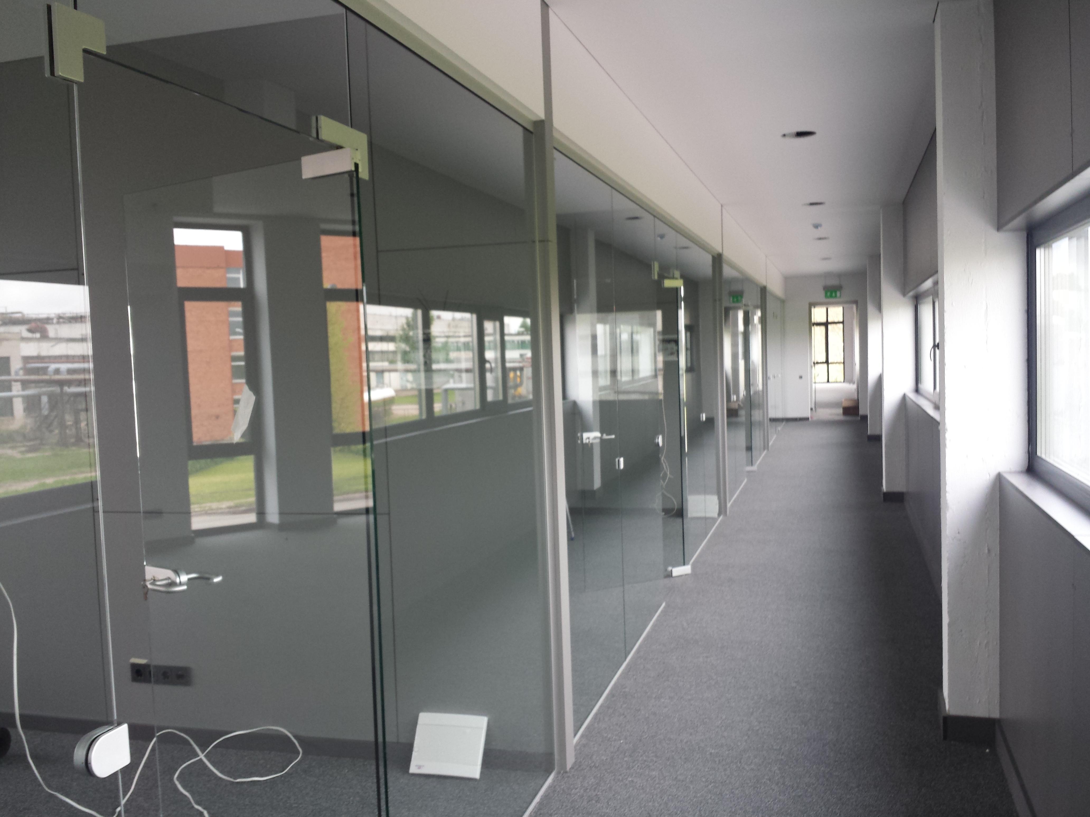 stiklines-pertvaros-ofise-stiklopasaulis-lt